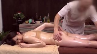 Fake Japanese Hot Massage Real Girl Fucked Pussy Creampied By Creepy Masseur