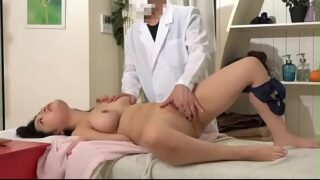 Japanese Massage Babe Gets Her Sexy Tits Sensitive Tricked Hidden Camera Sex