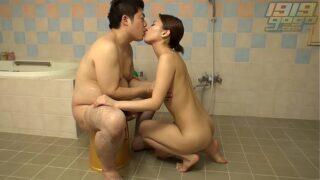 Pretty Hot Girl Sex On Nuru Japanese Oil Massage To Fat Client